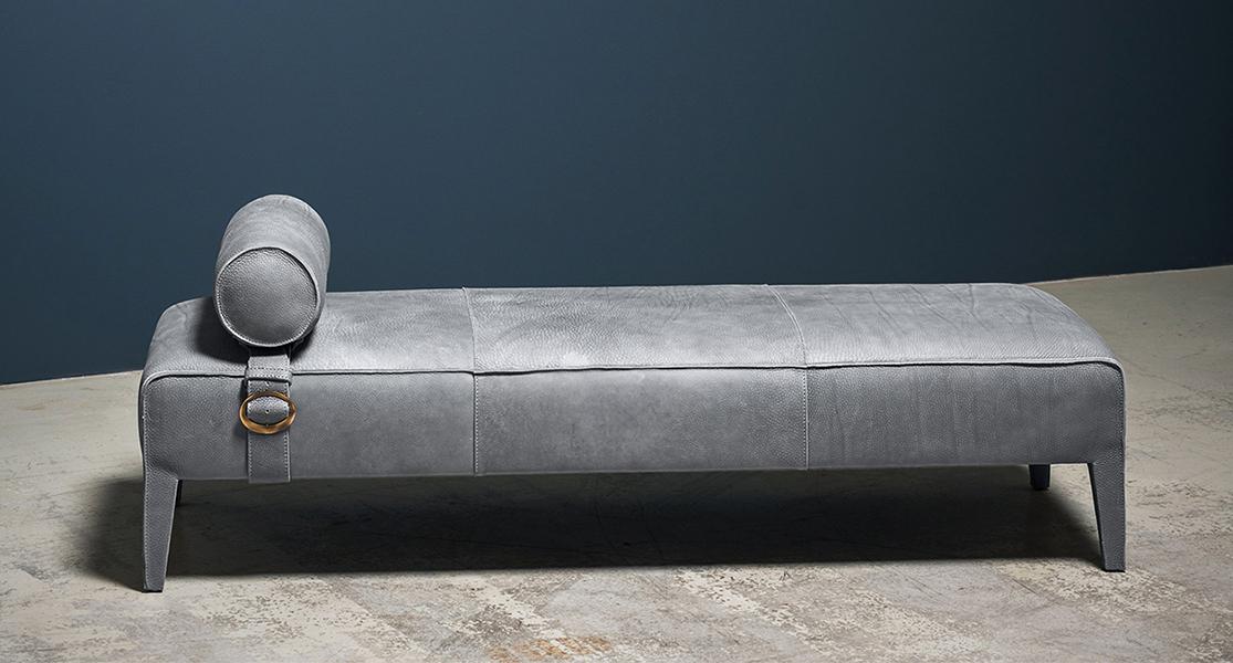 Freud Sofa Leather Sectional Sofa